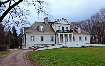 pałac w Romanowie