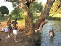 skoki do rzeki Jordan