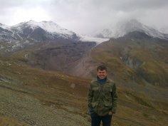 pod jęzorem lodowca Kazbegi, Gruzja