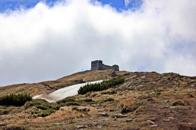 ruiny byłego obserwatorium astronomicznego Pop Iwan
