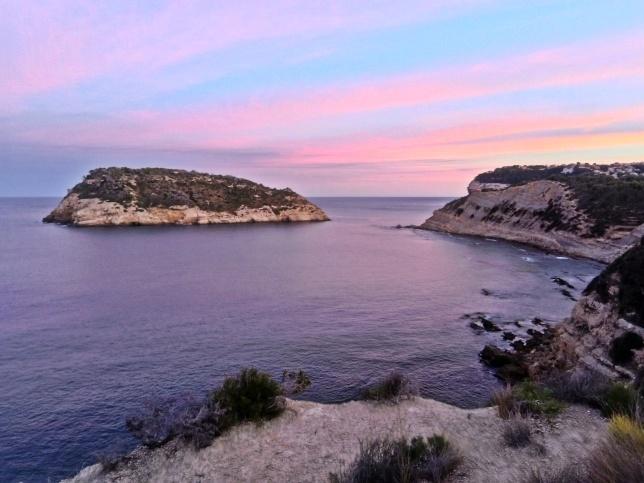 zachód słońca nad klifem na Cap Prim