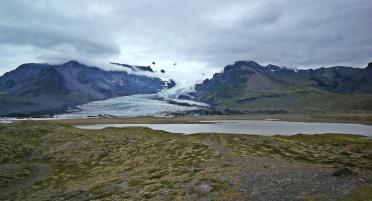 jeden z wielu jęzorów lodowca Vatnajökull