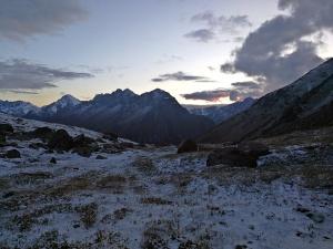 biwak na wysokości 3500 m npm przed Panorama pass