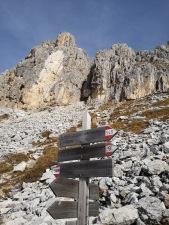 szlaki górskie w Dolomitach są bardzo dobrze oznaczone