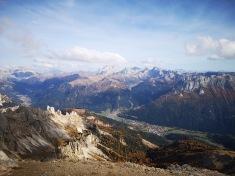 Dolomity - w dolinie miasteczko Vigo di Fassa