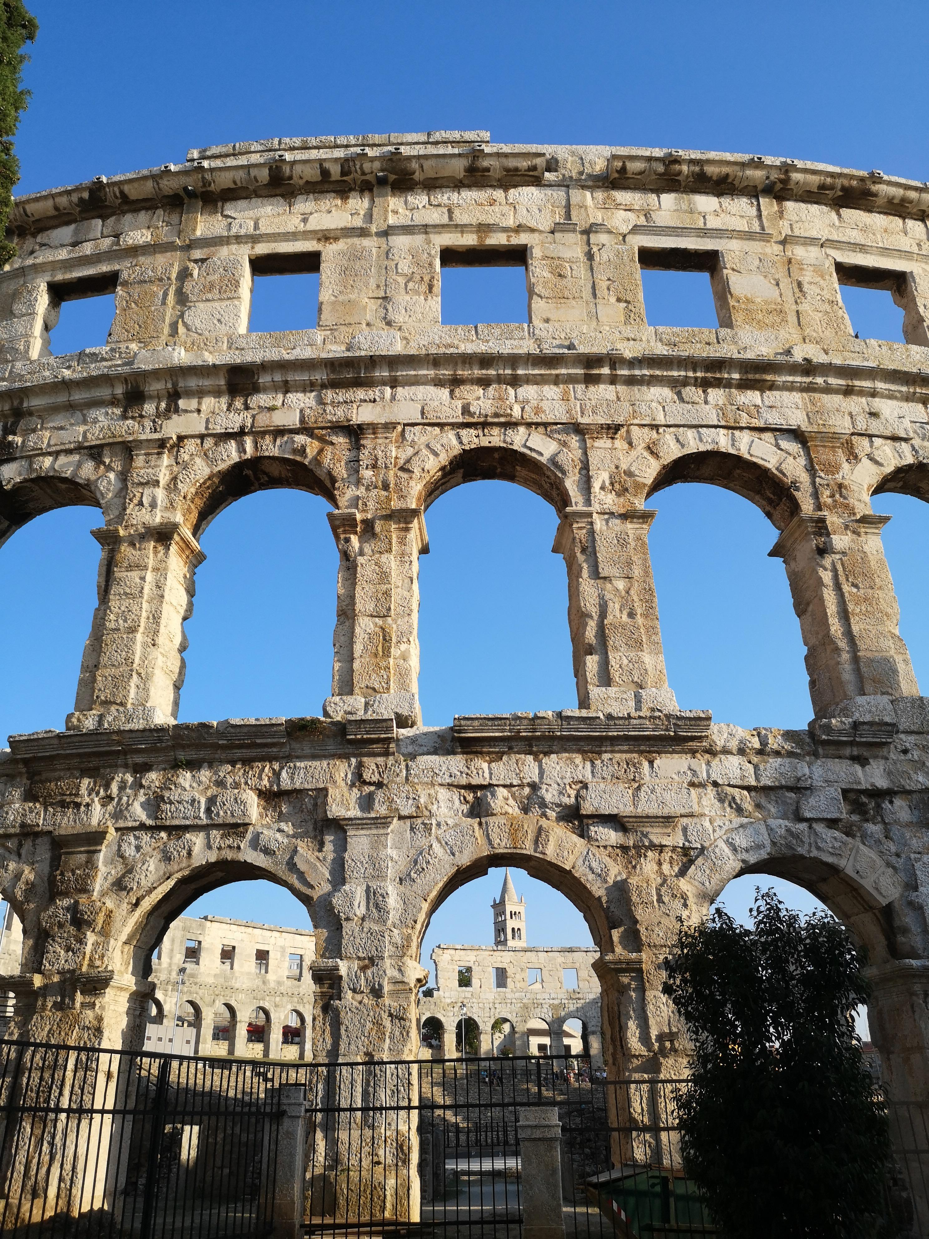 widzisz tych gladiatorów?