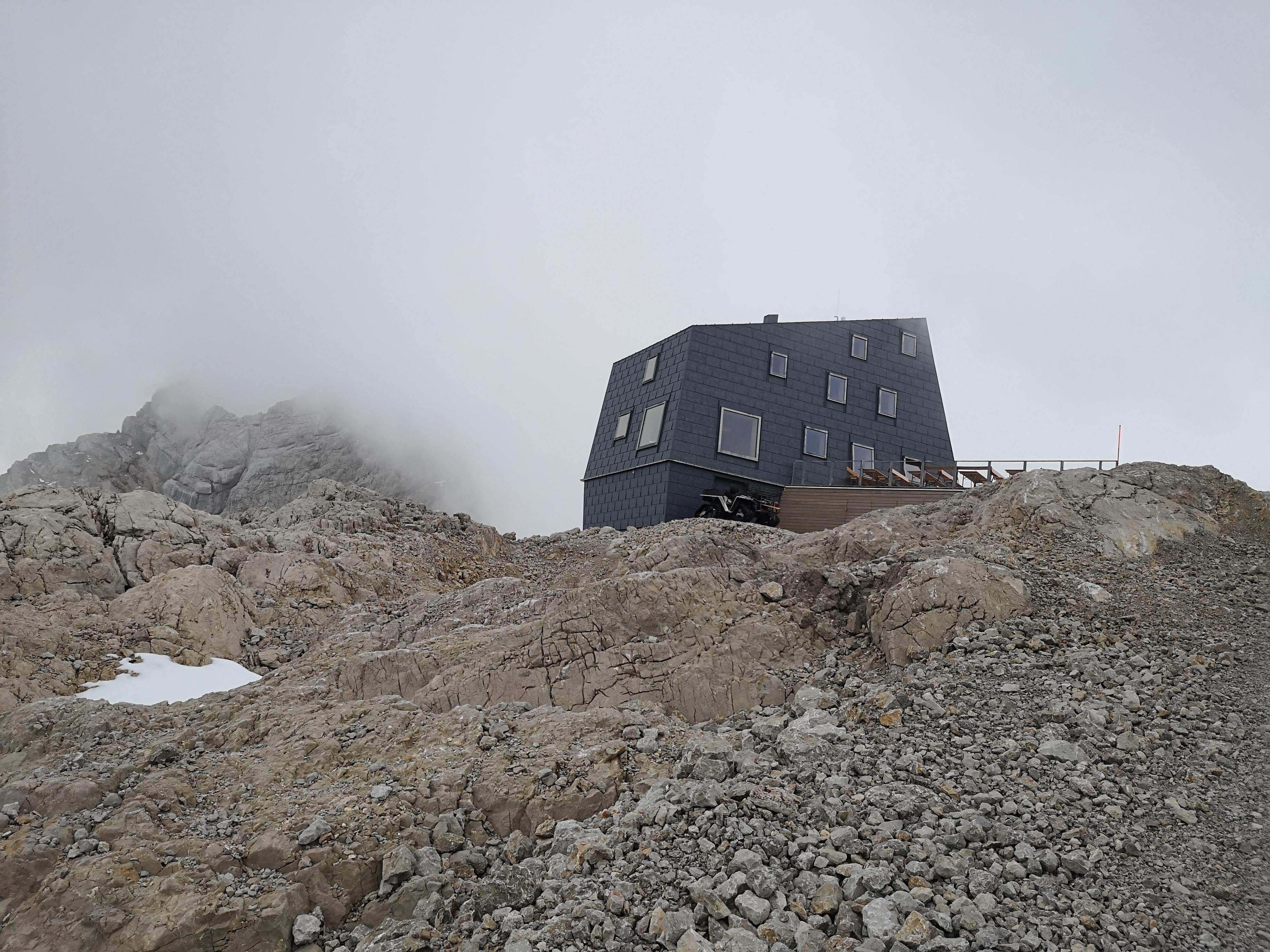 schronisko na lodowcu Dachstein
