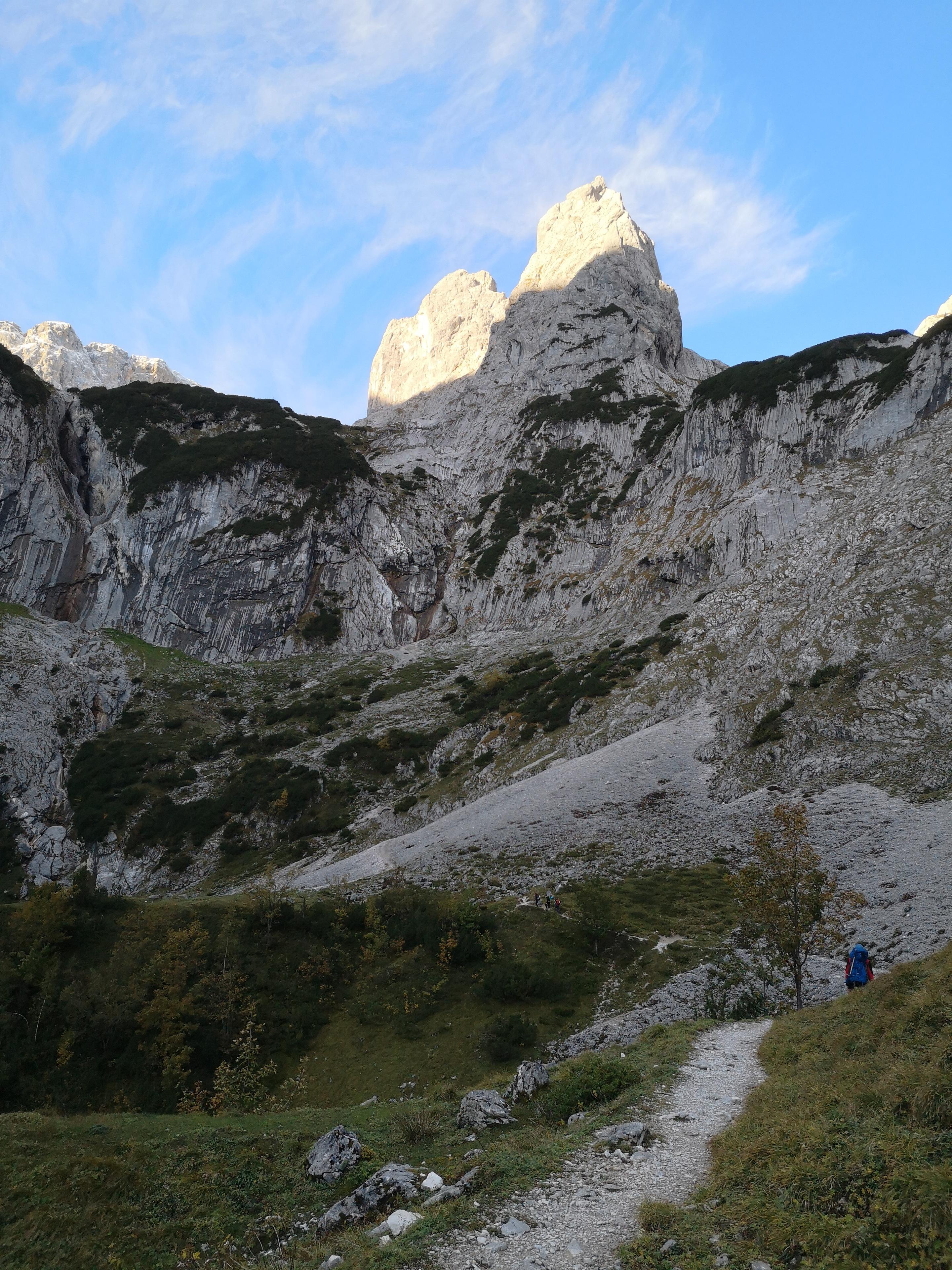Zugspitze od doliny Hollenthal