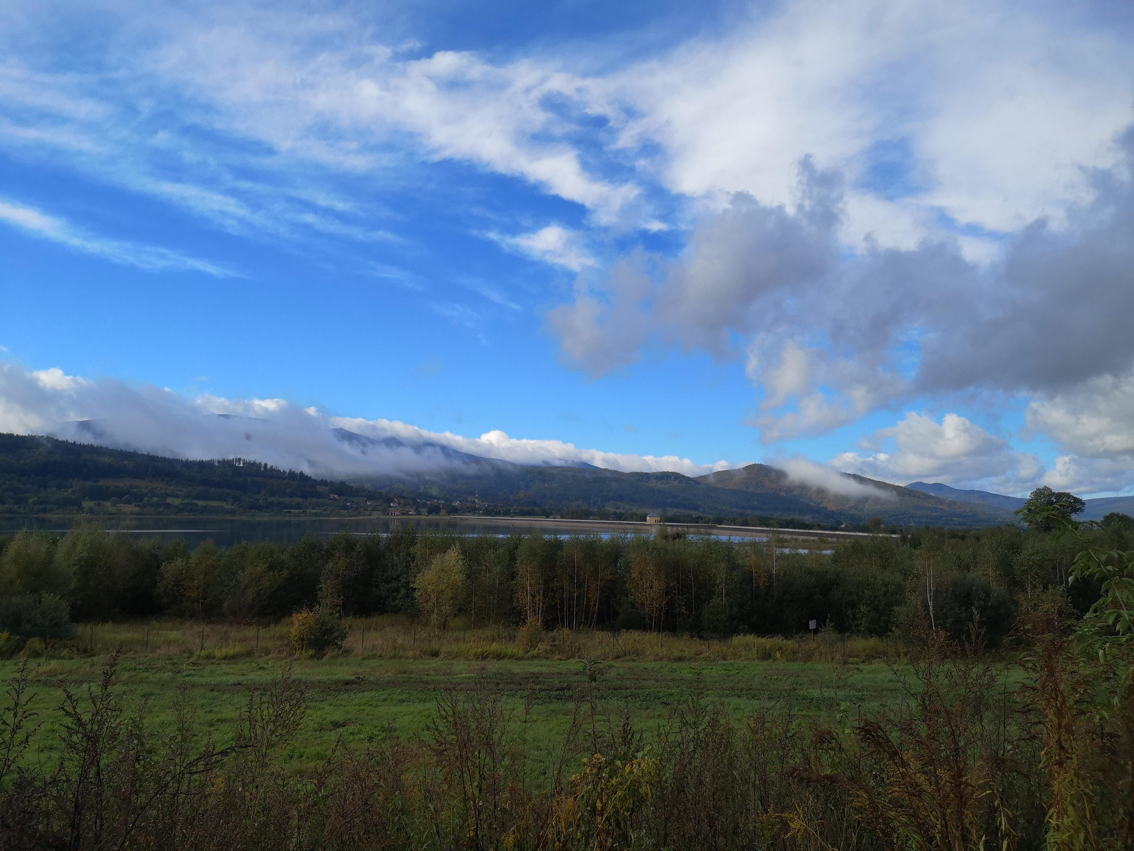 chmury nad granią Karkonoszy