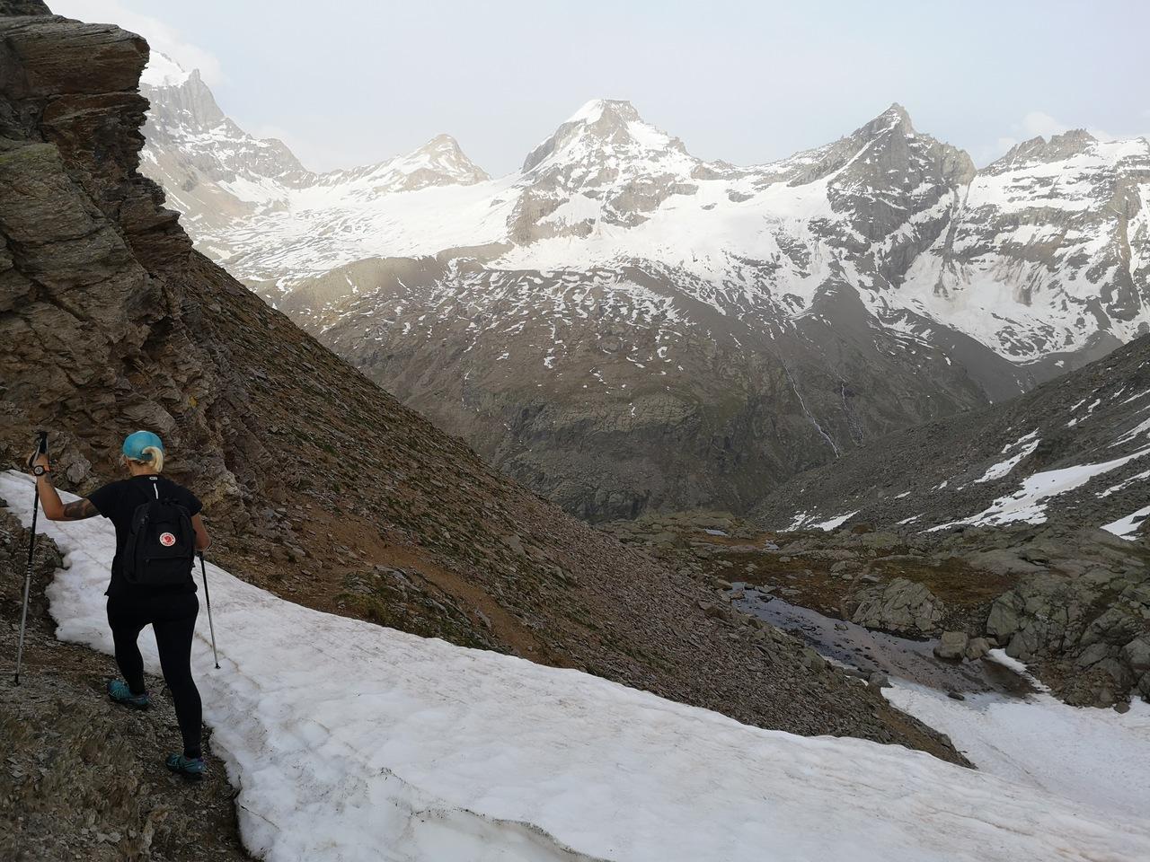 trekking dnia pierwszego, w widokiem na lodowiec Gran Paradiso