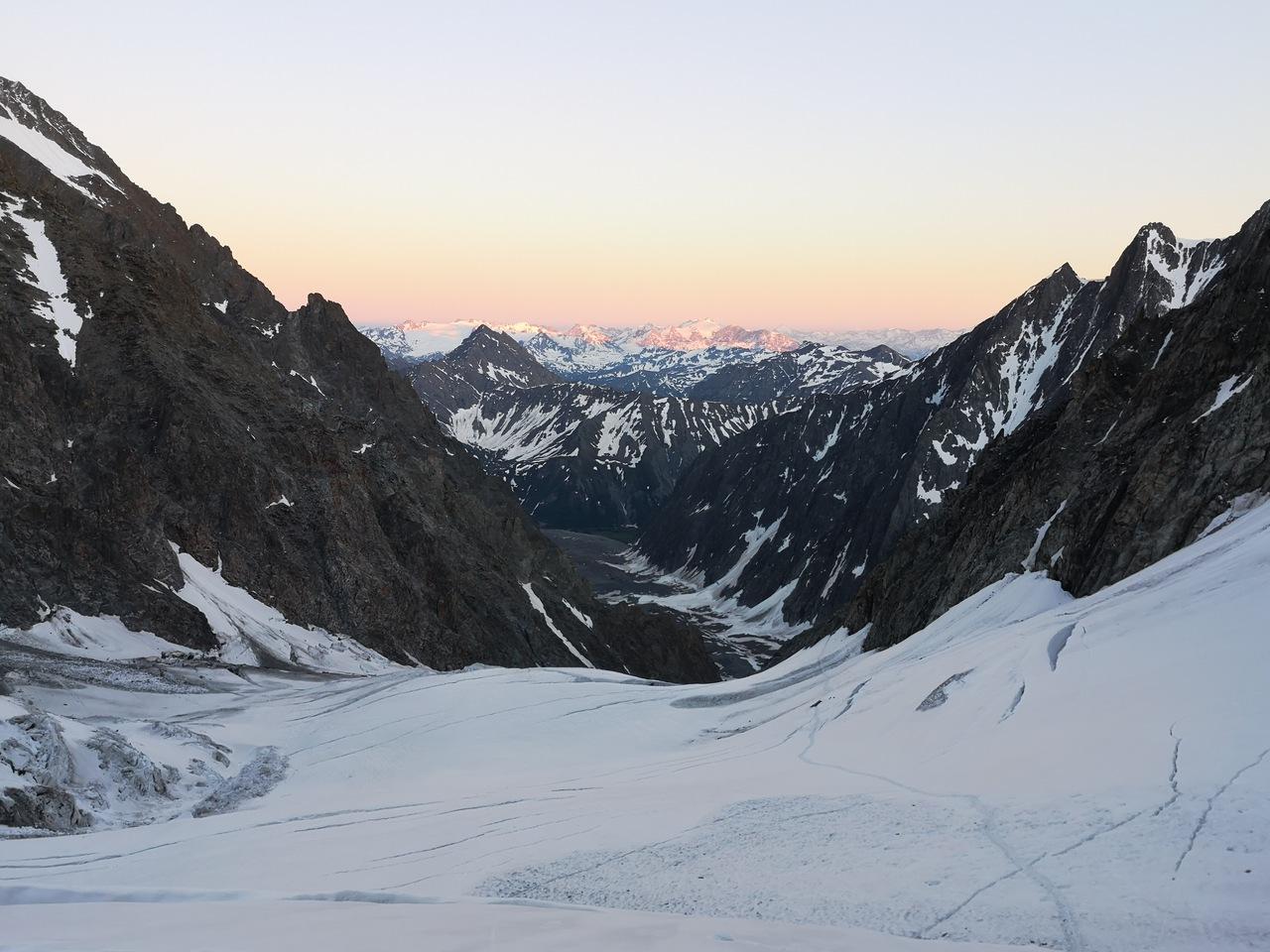 zachód słońca na lodowcu