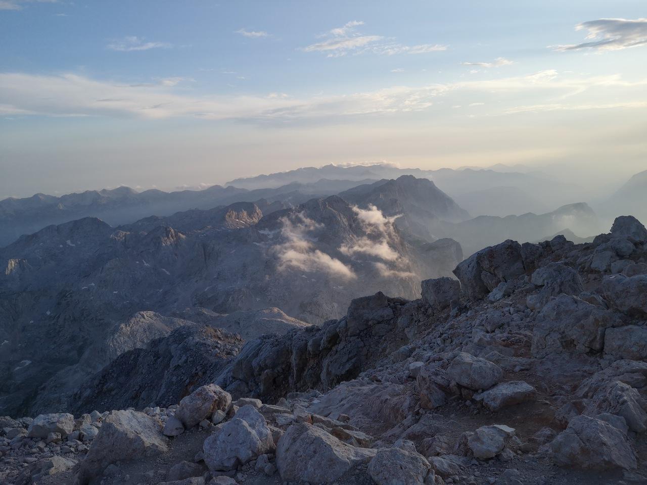 Alpy Julijskie widziane z Triglavu