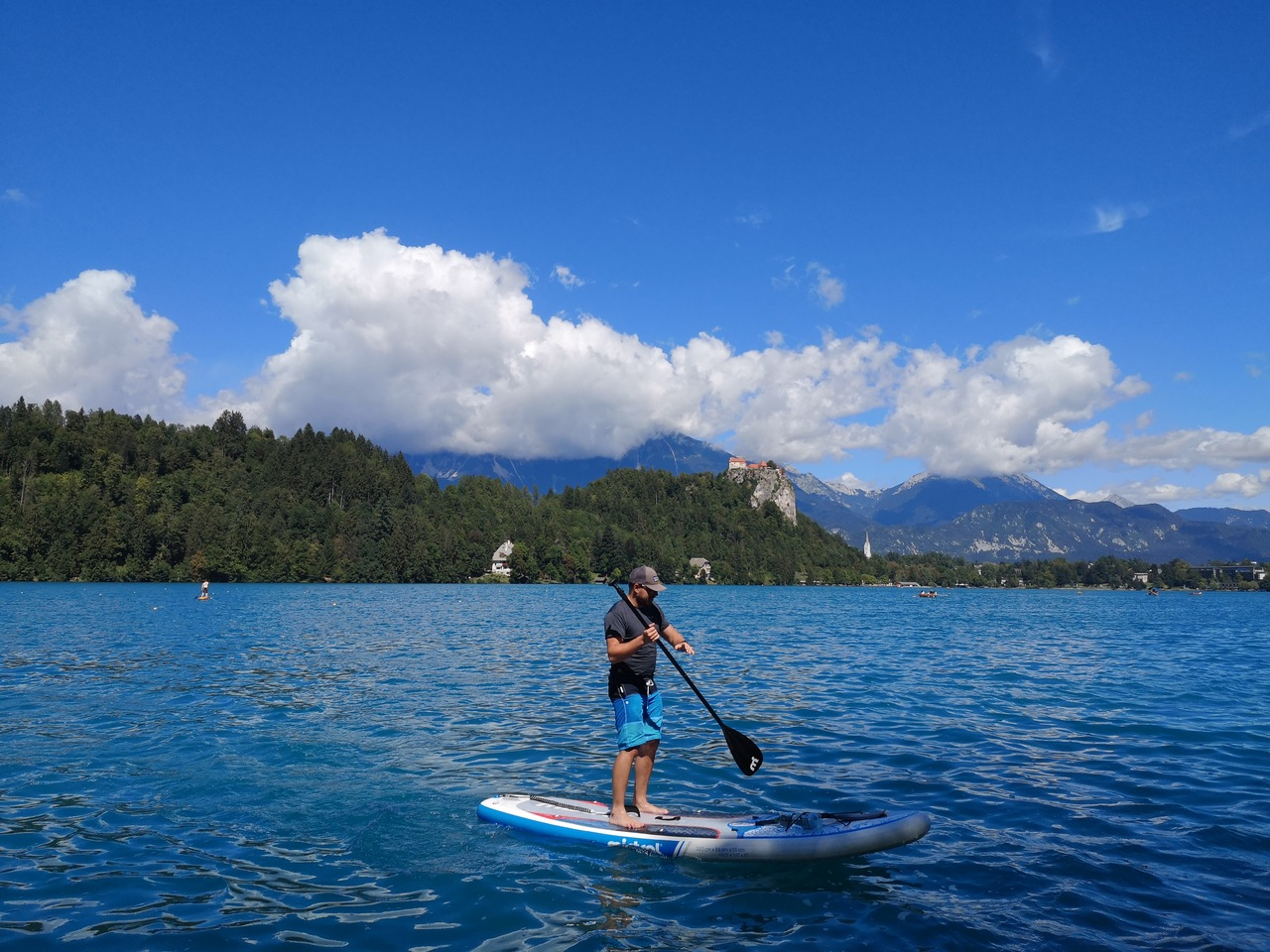 SUPing na jeziorze Bled
